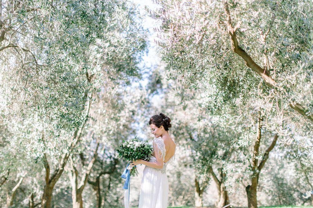 Matrimonio Tra Gli Ulivi Toscana : Matrimonio tra gli olivi il wedding che sa di genuinità